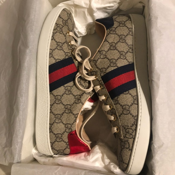 0cd3e2b640757 Gucci Shoes